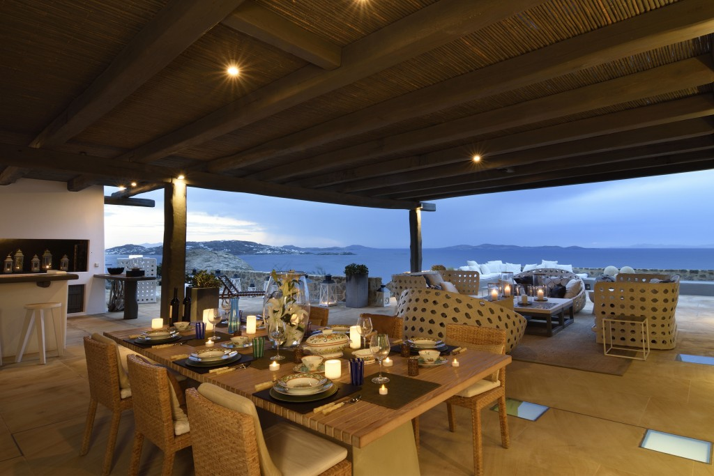 Mykonos Luxury Villa in Agios Stefanos