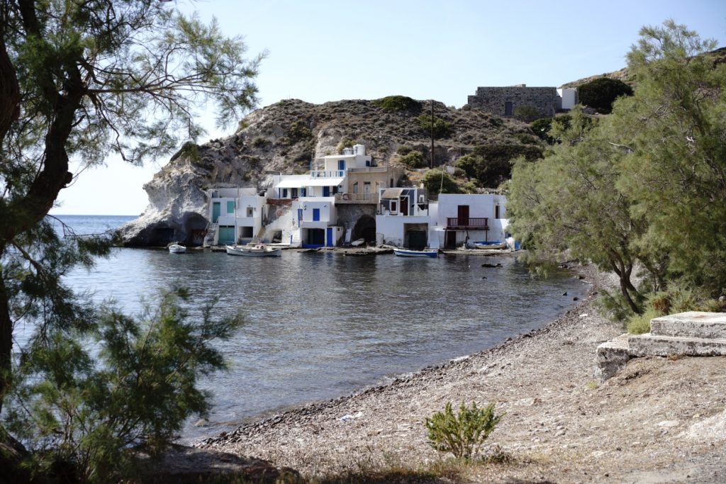 Beachfront Houses in Milos - 29051